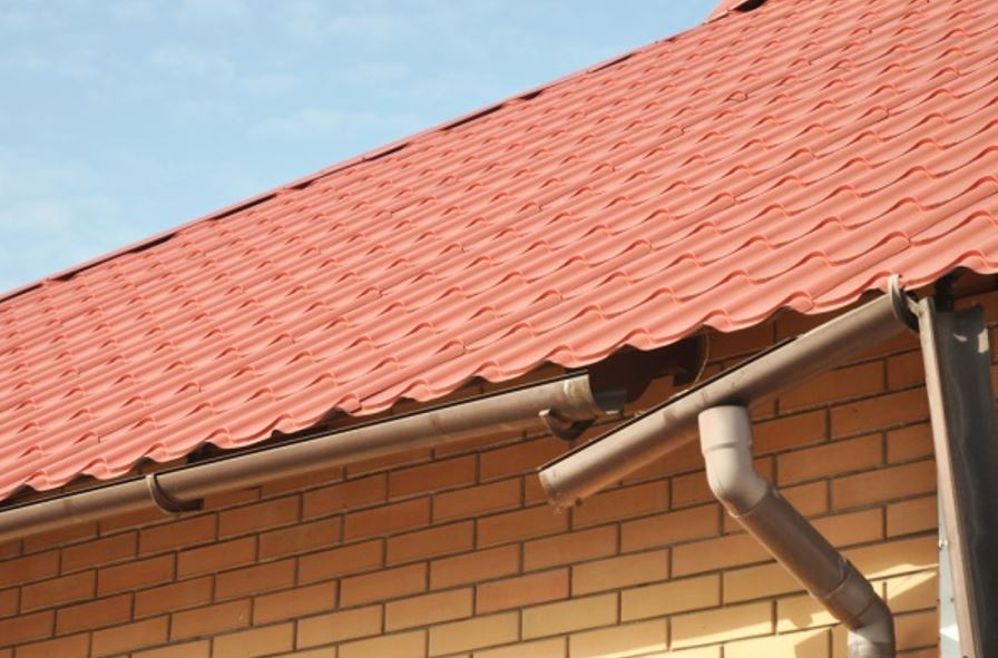 clogged gutters in tampa