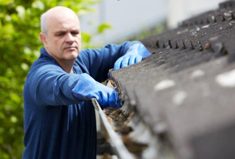 st pete roof gutters